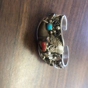 Navajo bearclaw bracelet silver turquoise coral